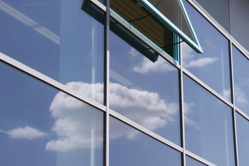Glas- und Fassadenreinigung - TAMMINGA Gebäudereinigung.